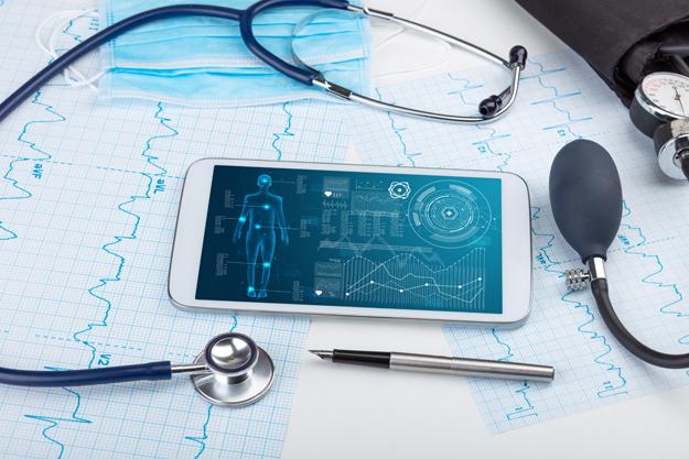 Minsait junto a Fundación País Digital lanzan libro sobre el estado de la salud digital