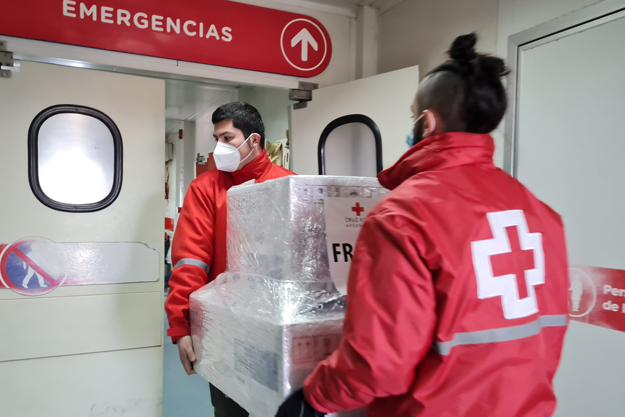 Cruz Roja Argentina entregó 100 respiradores a hospitales en diferentes puntos del país