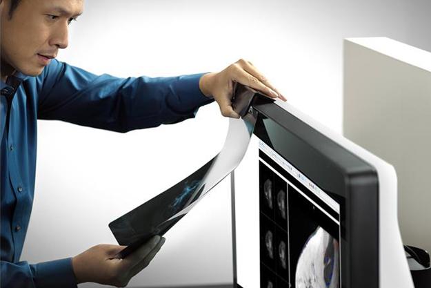 ¿Qué características debe cumplir la tecnología de visualización para el sector salud?